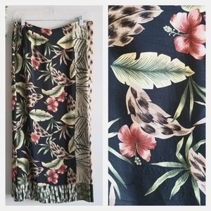 REQUIREMENTS Tropical Floral Skirt Black